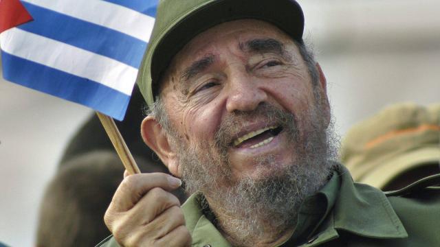 Discours de notre secrétaire fédéral au rassemblement en hommage à Fidel Castro (30/11/16) + Historique de Cuba