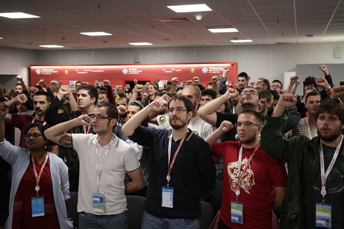 Déclaration commune de 36 organisations de jeunesse communistes réunies à Sochi en Russie, au 19ème Festival Mondial de la Jeunesse et des Étudiants, consacrée aux 100 ans de la Révolution Socialiste d'Octobre