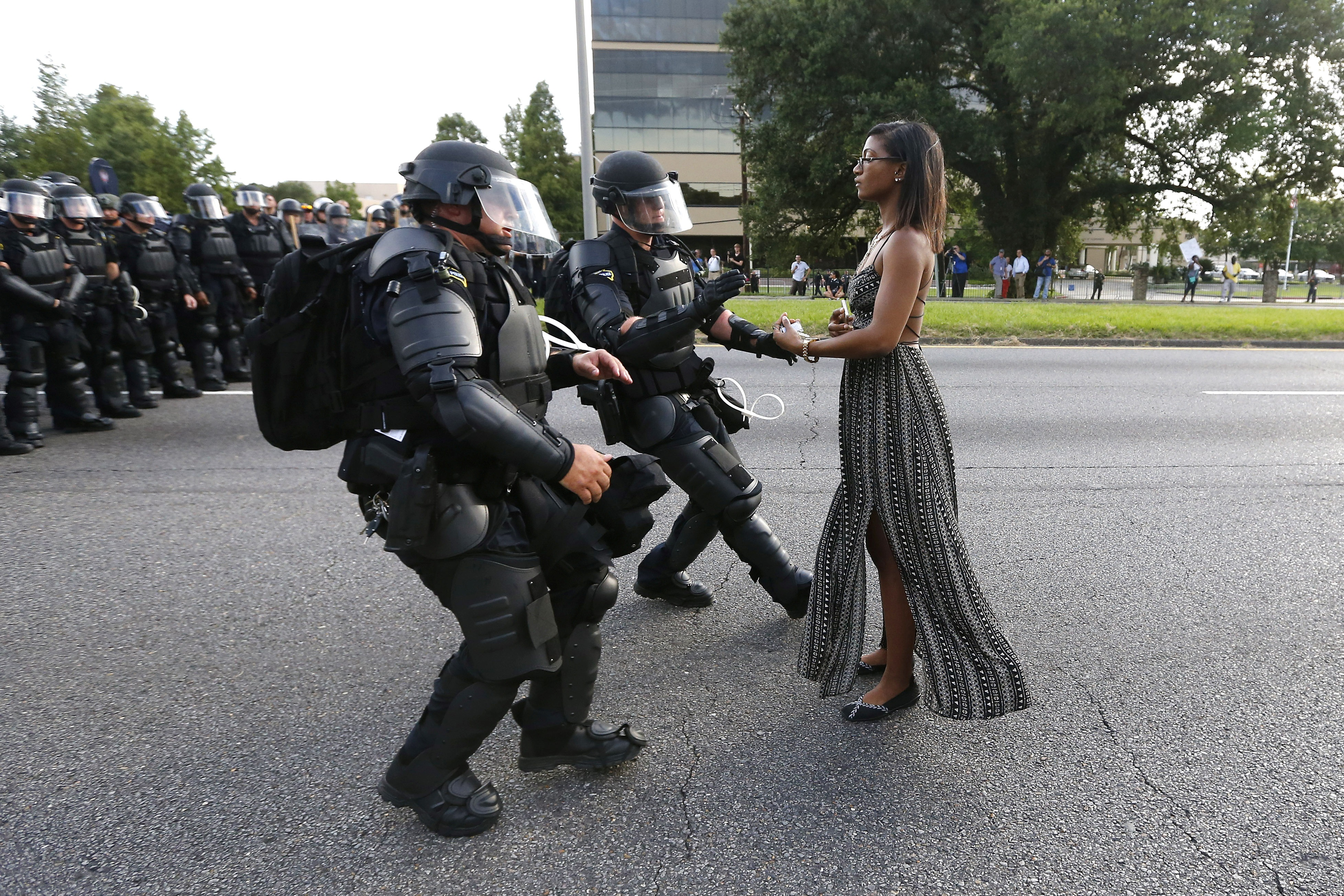 États-Unis : Violences policières, Racisme et Politiques de Polarisation